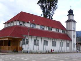 Iglesia Matriz Santa Rosa de Oxapampa