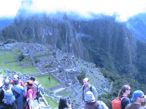 Machu Picchu + Valle Sagrado 2d/1n.