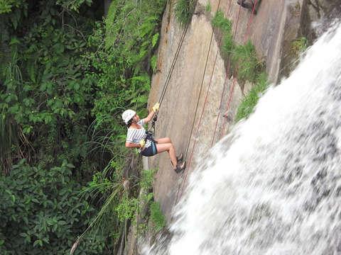 Desciende por Rapel la Cascada Huanano [14 y 28 Junio]